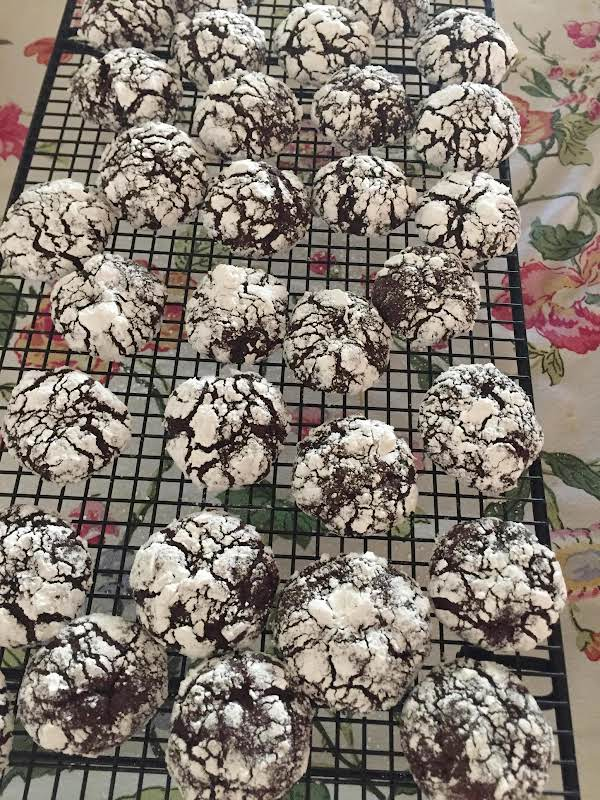 Heavenly Chocolate Crinkles Recipe