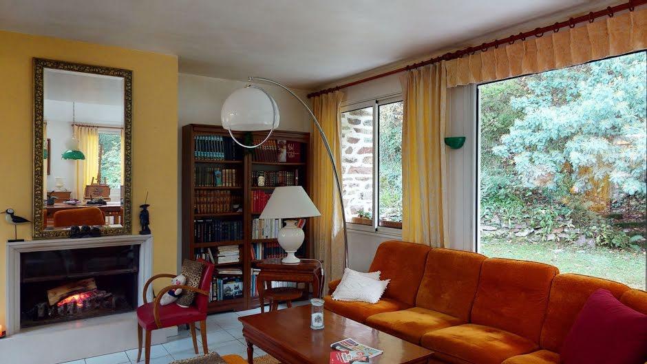 Vente maison 10 pièces 220 m² à La Glacerie (50470), 472 500 €