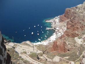 Photo: From Oia to Ammoudi