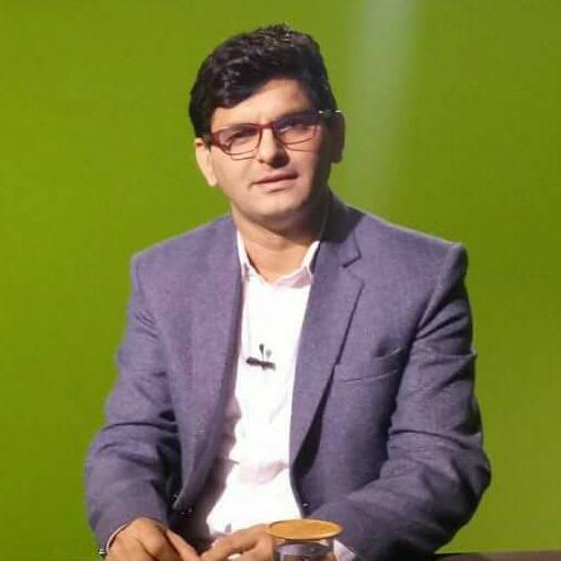 Dr Prithvi Giri (app)
