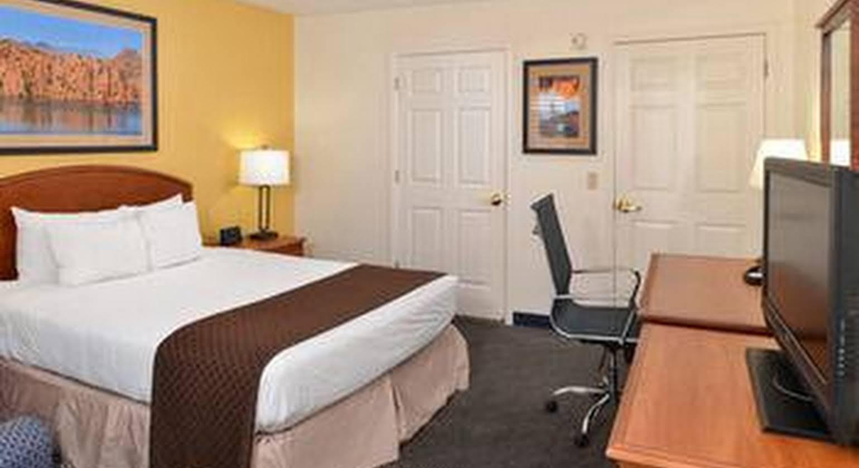 Red Lion Inn & Suites Phoenix/Tempe - ASU