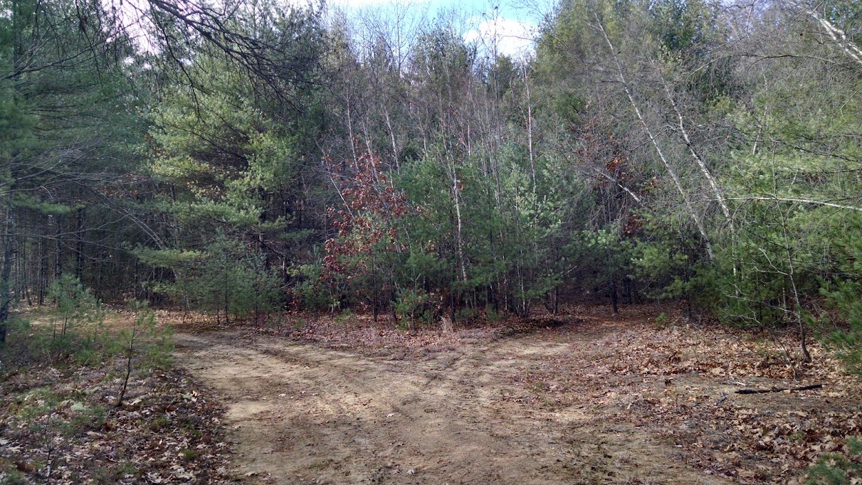 ETs Landing Trail Map - Kingston, NH