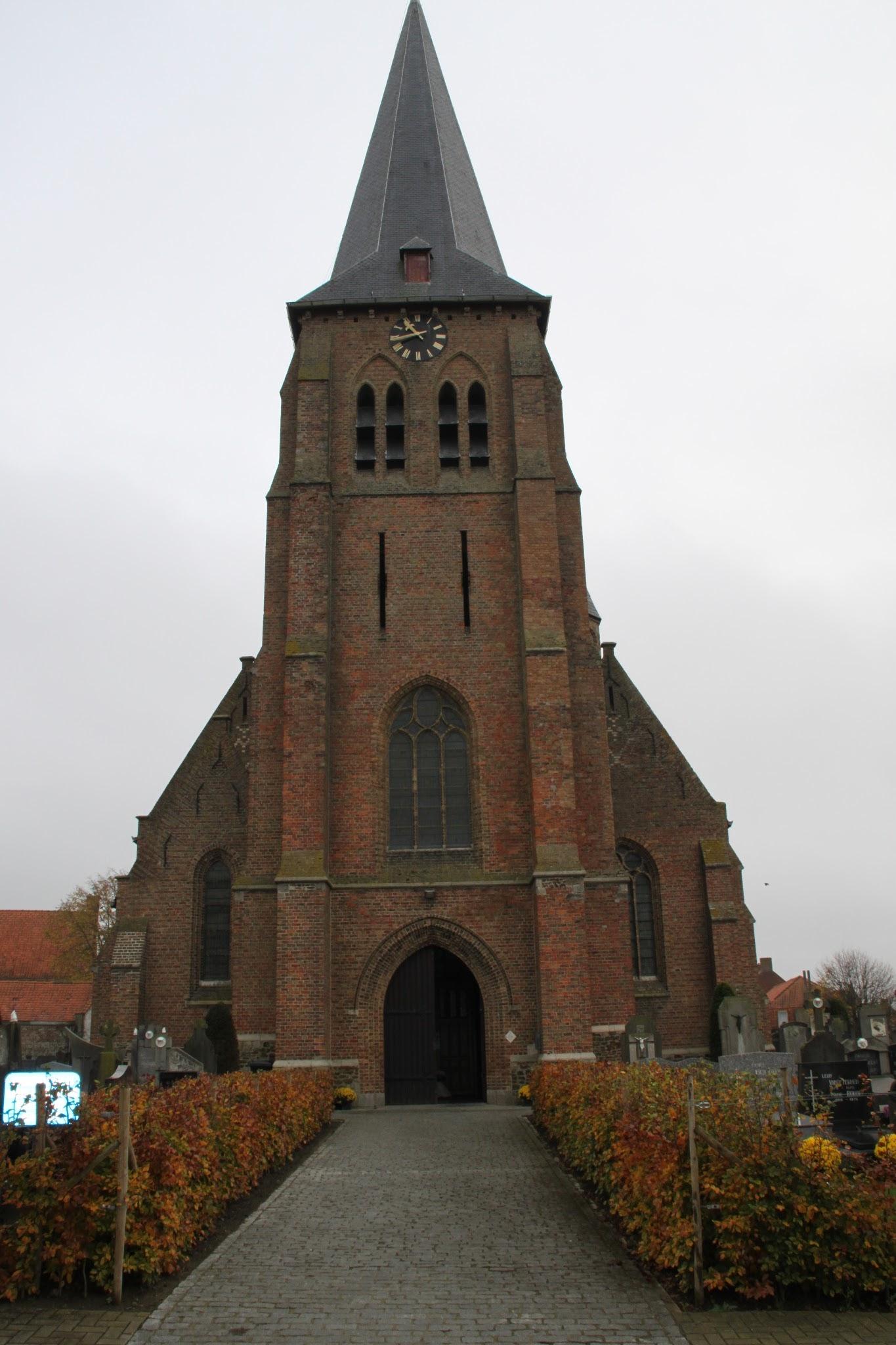 Photo: De Sint-Machutuskerk van Wulvergem