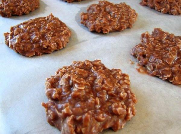 Chocolate Oatmeal - No Bake Cookes Recipe