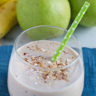 Ginger Pear Oatmeal Smoothie