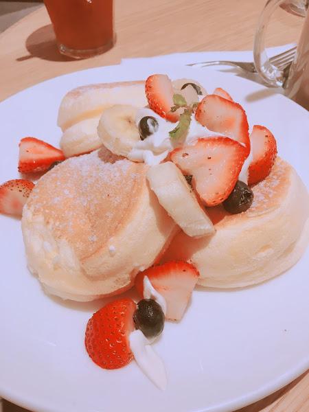 可以先吃鹹的,再吃甜的,不愛吃太甜的人建議吃草莓的。