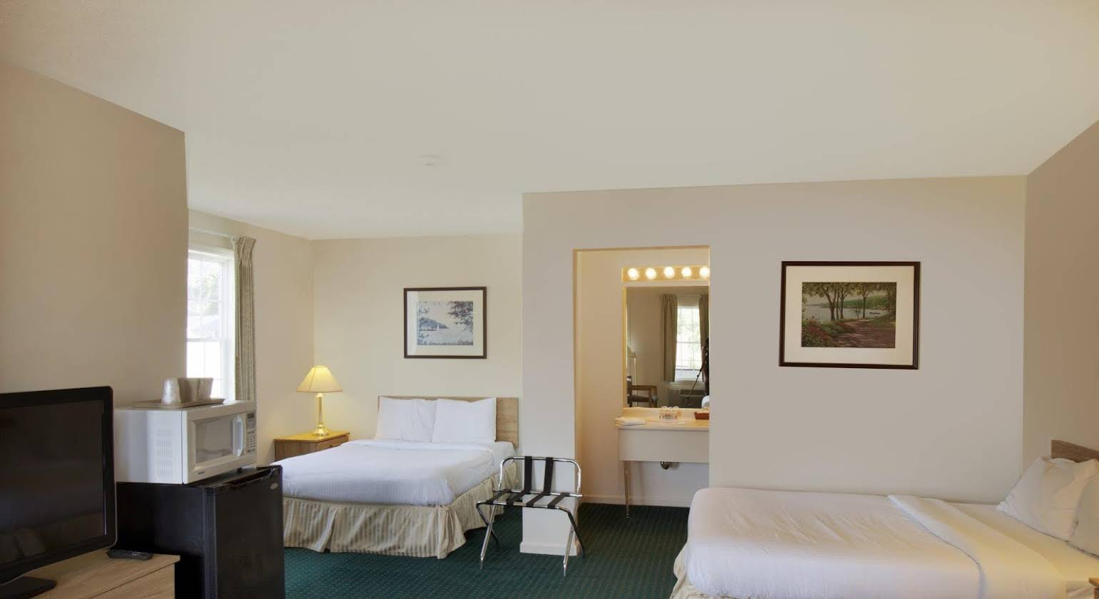 Red Carpet Inn and Suites Cooperstown