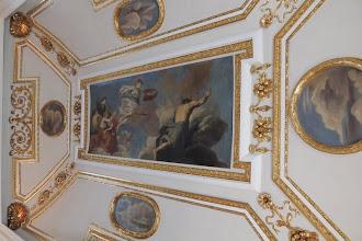 Photo: Schloss Caputh - Festsaal - Das Deckengemälde zeigt die Göttin Minerva als Beschützerin der Künste und Wissenschaften.