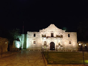 Photo: We walked past the Alamo on our way back to our hotel.