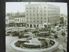 Photo: Hotel Belleville During construction of the Memorial Fountain 1937