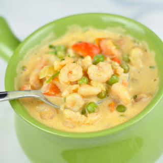 SHRIMP SOUP WITH COCONUT MILK AND VEGETABLES