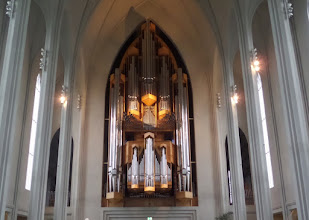 Photo: The Sumargledi Hallgrimskirkju church is one of the best known landmarks of Reykjavik.  It is pretty plain inside except for this gorgeous pipe organ.