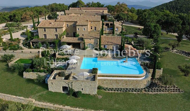 Vineyard with pool Vaison-la-Romaine