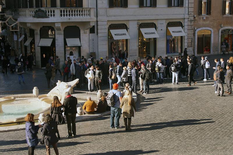 Passeggiata A Piazza Di Spagna di cesare carusio