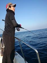 """Photo: シケで釣行が流れたりで 1年ぶりのご乗船の""""タカヒラさん""""!"""