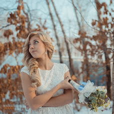 Wedding photographer Irina Spirina (Yarkaya). Photo of 03.12.2013