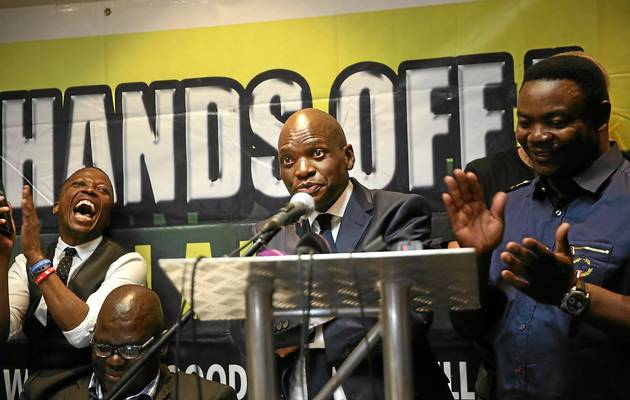 Hlaudi Motsoeneng briefing the media on April 19, 2017. Picture: ALON SKUY