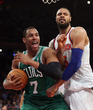 Photo: NEW YORK, NY - JANUARY 07:  Jared Sullinger #7 of the Boston Celtics and Tyson Chandler #6 of the New York Knicks battle at Madison Square Garden on January 7, 2013 in New York City. NOTE TO USER: User expressly acknowledges and agrees that, by downloading and/or using this photograph, user is consenting to the terms and conditions of the Getty Images License Agreement.  The Celtics defeated the Knicks 102-96.  (Photo by Bruce Bennett/Getty Images) *** Local Caption *** Jared Sullinger; Tyson Chandler