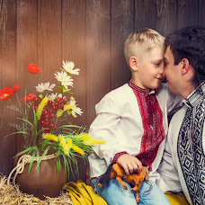Wedding photographer Igor Chayka (versalsalon). Photo of 28.10.2014