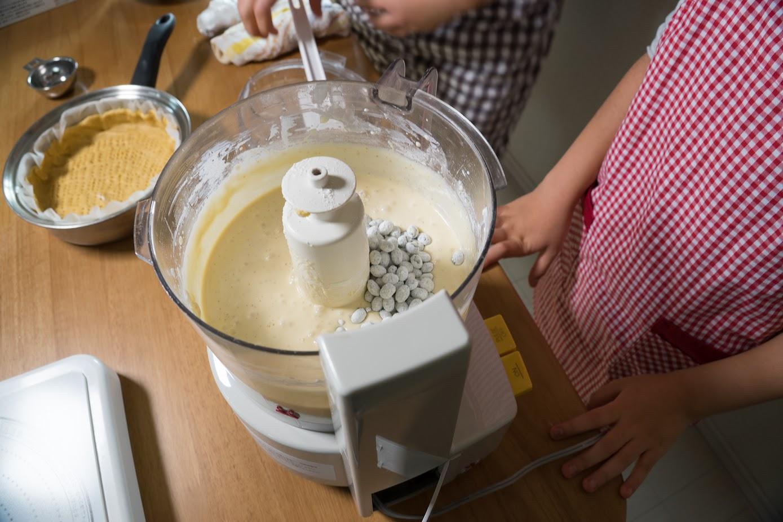 黒千石レシピ:6-2.フィリングに入れ軽く混ぜる