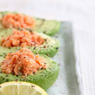 Avocado and Salmon Low-Carb Breakfast.