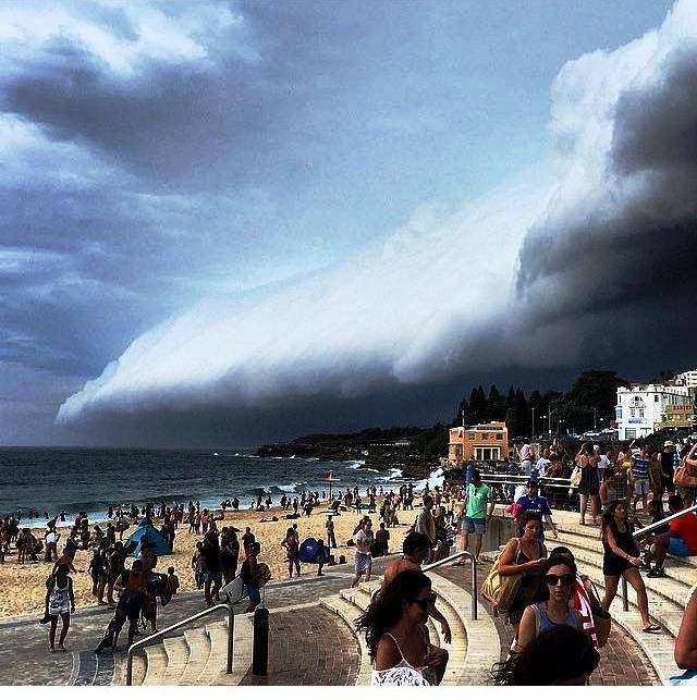 Sharing moments: Stormy Sunday. Beach evacuation! Insta photo gallery