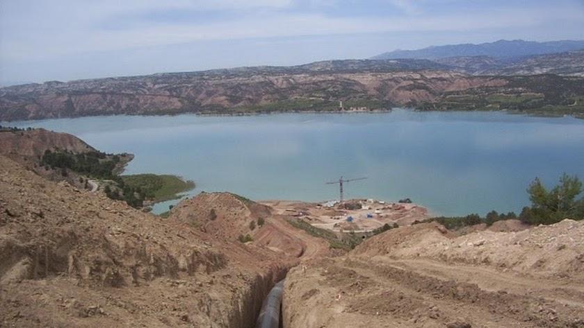 El Negratín volverá a suministrar agua al Almanzora tras las últimas lluvias.