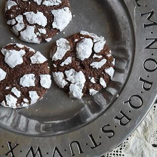 Chocolate Snow Cookies