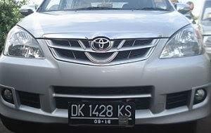 Bali tour car
