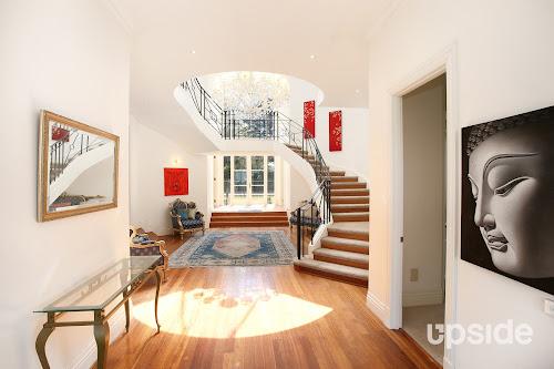 Photo of property at 25 Bolton Street, Beaumaris 3193