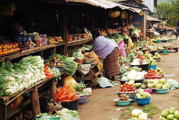 Flores market di bumbum