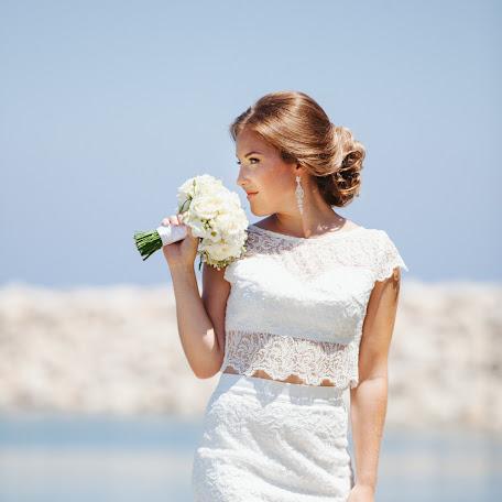 Wedding photographer Arina Kosicyna (ukushu). Photo of 14.03.2018