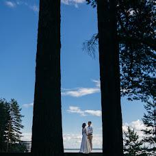 Wedding photographer Roman Gorelov (hellsmile). Photo of 25.08.2017