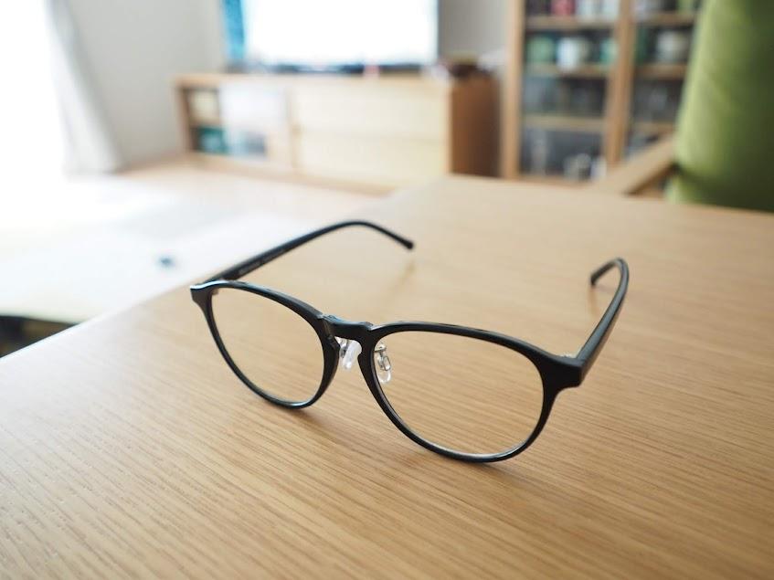 無印のブルーライトカットメガネ
