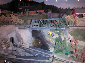 Photo: visit to model to model train builder in Ames