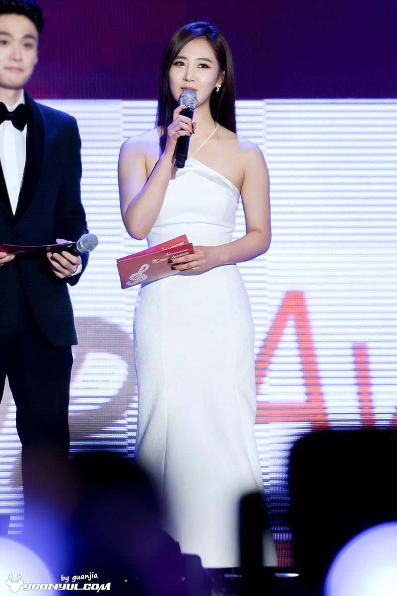 yuri gown 36