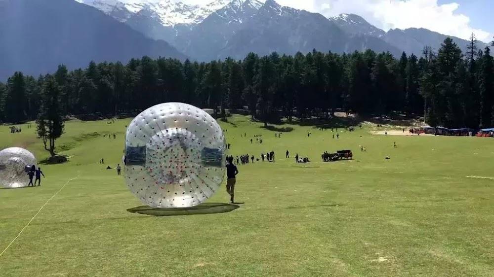 15-extreme-sports-destination-india-Zorbing-Kashmir-image