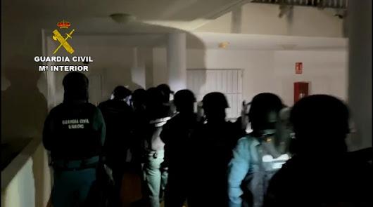 Detenidos nueve miembros de un grupo de extrema derecha por incitar al odio