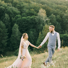 Wedding photographer Dmitriy Kapitonenko (Kapitonenko). Photo of 12.09.2017