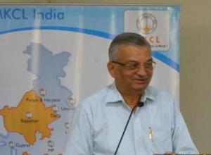 Photo: Dr Anil Kakodkar speaking in the seminar