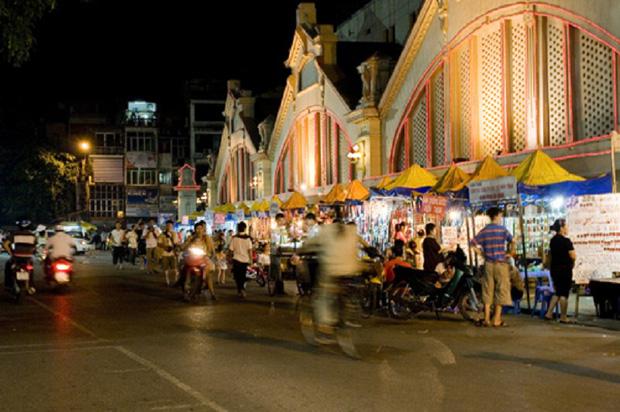 Báo Tây so sánh: Hà Nội - Sài Gòn, du lịch ở đâu cũng thú vị! - Ảnh 13.