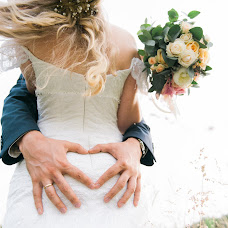 Wedding photographer Anton Kurashenko (KuriK). Photo of 07.12.2015