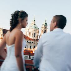 Wedding photographer Viktor Lomeyko (ViktorLom). Photo of 03.11.2015