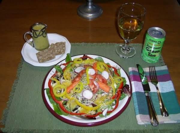 Renie's Very Vegie Salad With Lemon Vinaigrette Recipe