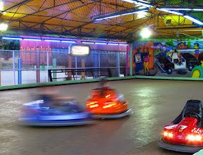 Photo: Erika y Felix, Bewegung! 7. Versuch: Bewegung auf der Scooterbahn