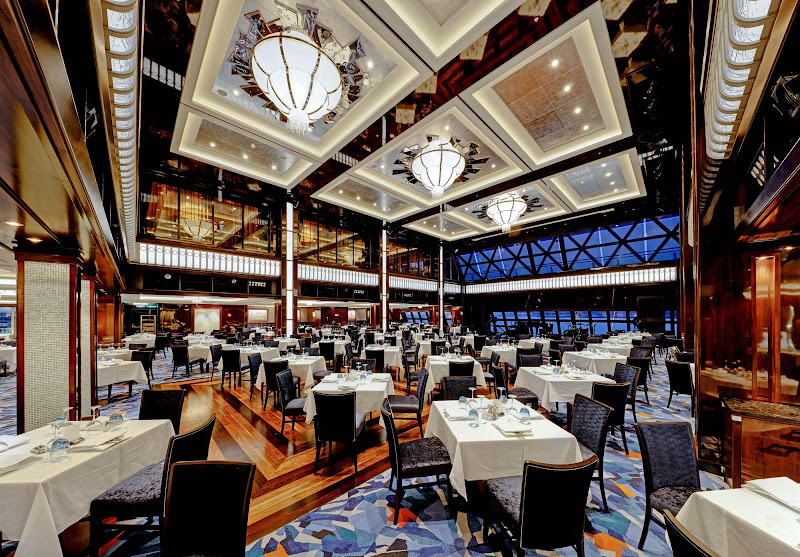 Enjoy live music and classic dishes in Norwegian Escape's Manhattan Room.