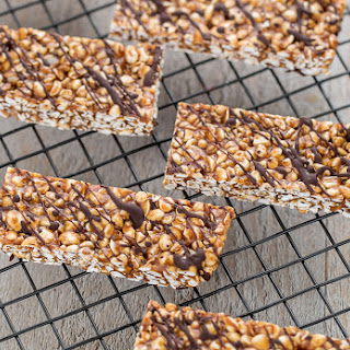 NO-BAKE BUCKWHEAT PEANUT BUTTER ENERGY BARS