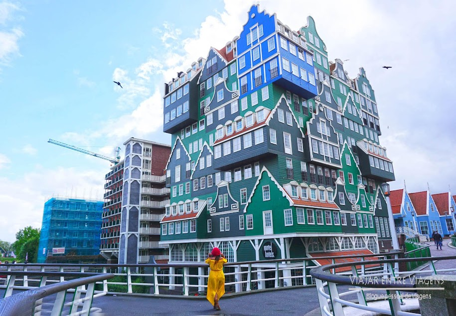 Hotel fantástico perto de Amesterdão, na Holanda. Fica em Zaandam