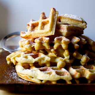 Eggnog Waffles + A Few Favorite Kitchen Things