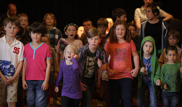Photo: Lucy Thynne Street-Dance Workshop © Priston Festival 2012